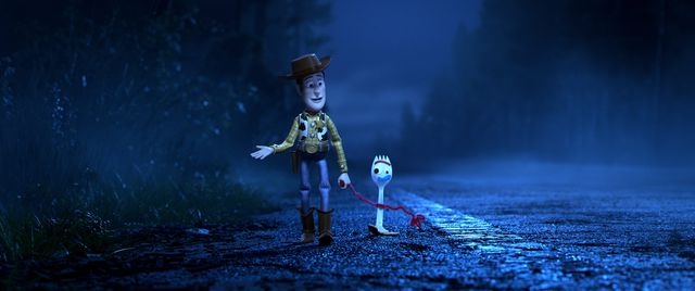 toy-story-4-woody-forky-1560342398